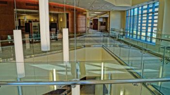 Imagen: El nuevo y completo centro de cuidados cardiovasculares del Centro Médico de Detroit (Foto cortesía del DMC).