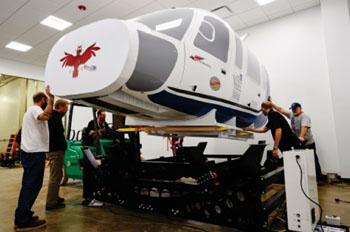 Imagen: El simulador de helicóptero Sikorsky S-76 ACNP (Fotografía cortesía de la Universidad case Western Reserve).