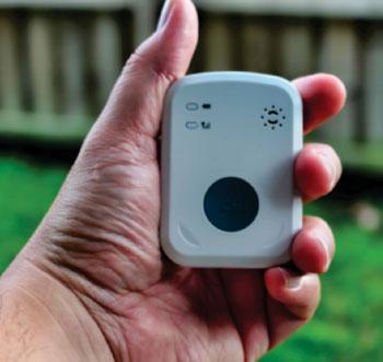 Imagen: La alarma médica móvil mPERS de iHelp (Fotografía cortesía de Medical Alarm Concepts).
